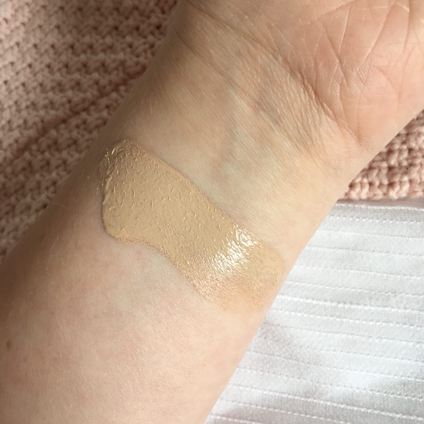 Rimmel Lasting Finish Foundation Review | Swatch
