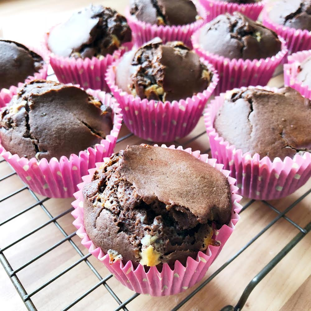 How to Bake Double Chocolate Chip Muffins