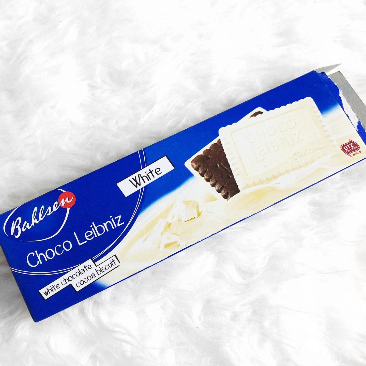 Current Favourites | White Choc Biscuits